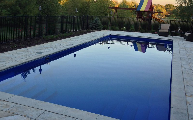 <div class='closebutton' onclick='return hs.close(this)' title='Close'></div><div class='firstH'><img src='images/logo-white-small.png'></div><h1>LA Vista</h1><p>The LA Vista in-ground fiberglass pool by Riviera Fiberglass Pools Offered by Fun and Fit Pools and Spas (Photo #006). <p>Available Sizes :</p><ul><li>40' x 15' 8''</li><li>35' x 15' 8''</li><li>31' 2'' x 15' 8''</li></ul><p>&nbsp;</p><p>The sizes are below. Some of them are not useable at the moment because we do not have photos for those models but we will have soon.</p> </p><div class='getSocial'><h1>Share</h1><p class='photoBy'>Photo by Fun and Fit Pools and Spas</p><iframe src='http://www.facebook.com/plugins/like.php?href=http%3A%2F%2Ffunandfitpools.com%2Fimages%2Fgalleries%2Fin-ground-pools%2Fla-vista%2Fwm%2F006.jpg&amp;send=false&amp;layout=button_count&amp;width=100&amp;show_faces=false&amp;action=like&amp;colorscheme=light&amp;font&amp;height=21' scrolling='no' frameborder='0' style='border:none; overflow:hidden; width:100px; height:21px;' allowTransparency='true'></iframe><br><a href='http://pinterest.com/pin/create/button/?url=http%3A%2F%2Fwww.funandfitpools.com&amp;media=http%3A%2F%2Fwww.funandfitpools.com%2Fimages%2Fgalleries%2Fin-ground-pools%2Fla-vista%2Fwm%2F006.jpg&amp;description=Pools' data-pin-do='buttonPin' data-pin-config=\'above\'><img src='http://assets.pinterest.com/images/pidgets/pin_it_button.png' /></a><br></div>