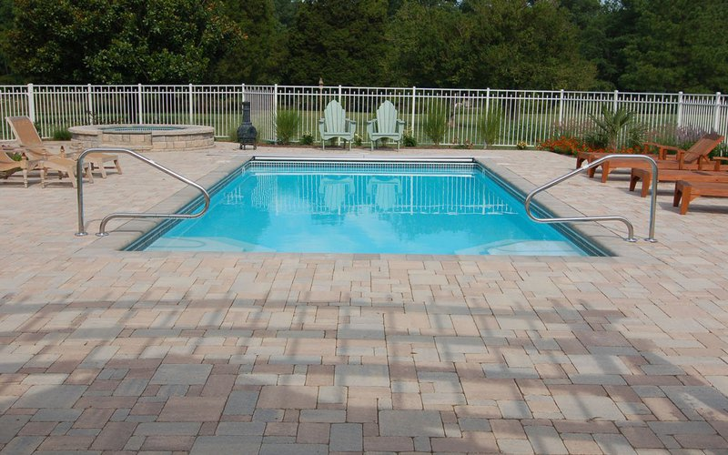 <div class='closebutton' onclick='return hs.close(this)' title='Close'></div><div class='firstH'><img src='images/logo-white-small.png'></div><h1>LA Vista</h1><p>The LA Vista in-ground fiberglass pool by Riviera Fiberglass Pools Offered by Fun and Fit Pools and Spas (Photo #008). <p>Available Sizes :</p><ul><li>40' x 15' 8''</li><li>35' x 15' 8''</li><li>31' 2'' x 15' 8''</li></ul><p>&nbsp;</p><p>The sizes are below. Some of them are not useable at the moment because we do not have photos for those models but we will have soon.</p> </p><div class='getSocial'><h1>Share</h1><p class='photoBy'>Photo by Fun and Fit Pools and Spas</p><iframe src='http://www.facebook.com/plugins/like.php?href=http%3A%2F%2Ffunandfitpools.com%2Fimages%2Fgalleries%2Fin-ground-pools%2Fla-vista%2Fwm%2F008.jpg&amp;send=false&amp;layout=button_count&amp;width=100&amp;show_faces=false&amp;action=like&amp;colorscheme=light&amp;font&amp;height=21' scrolling='no' frameborder='0' style='border:none; overflow:hidden; width:100px; height:21px;' allowTransparency='true'></iframe><br><a href='http://pinterest.com/pin/create/button/?url=http%3A%2F%2Fwww.funandfitpools.com&amp;media=http%3A%2F%2Fwww.funandfitpools.com%2Fimages%2Fgalleries%2Fin-ground-pools%2Fla-vista%2Fwm%2F008.jpg&amp;description=Pools' data-pin-do='buttonPin' data-pin-config=\'above\'><img src='http://assets.pinterest.com/images/pidgets/pin_it_button.png' /></a><br></div>